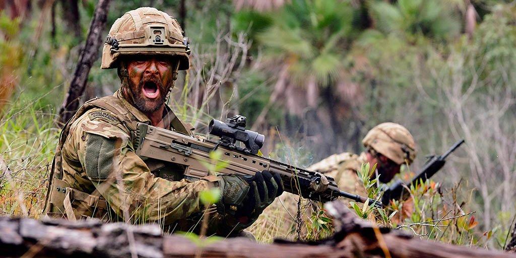 RT @RoyalMarines: Welcome to the jungle, @40commando 🕷🗡🇬🇧  https://t.co/Z6zQNnbxYc #RoyalMarines https://t.co/WZMJPRtQla