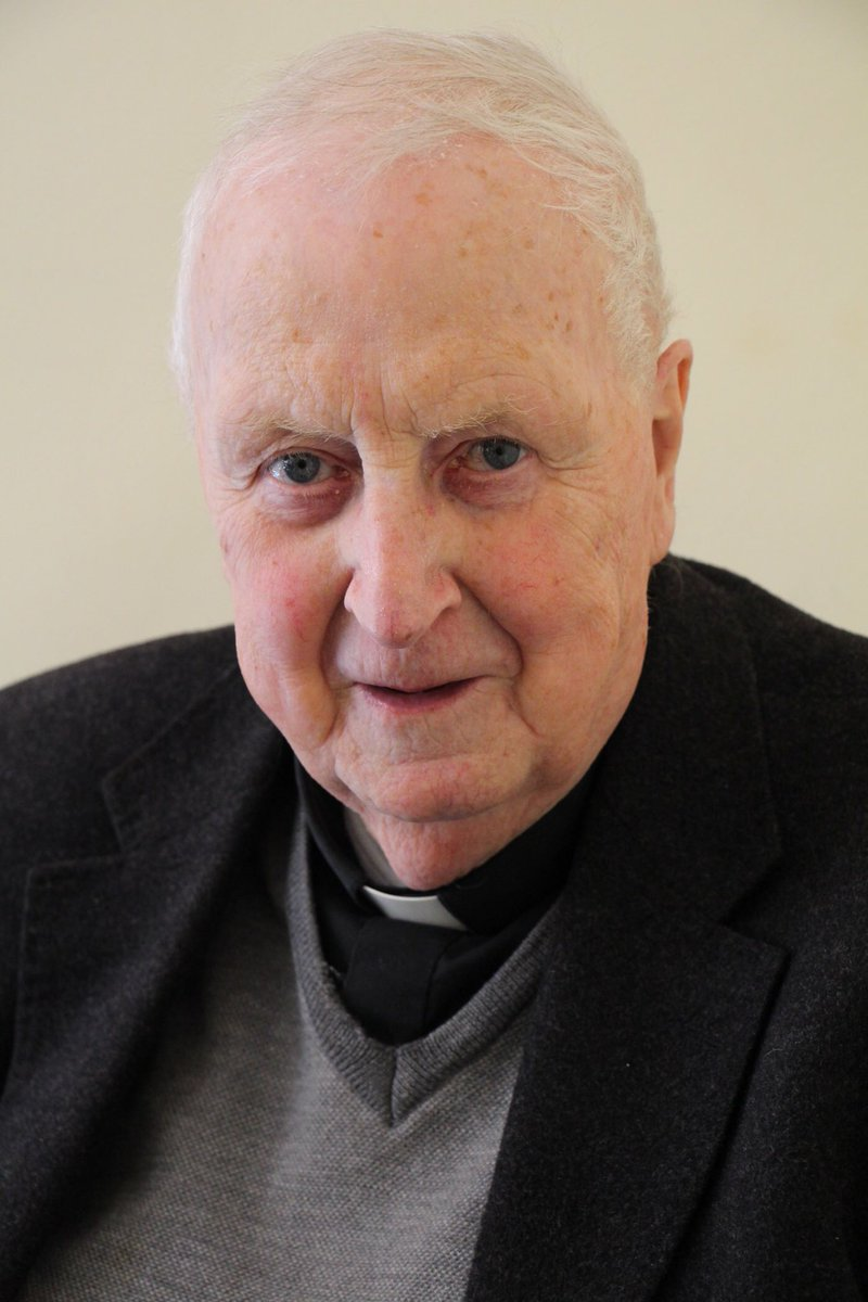 test Twitter Media - Just been over to Romsey to the bedside of Canon Dermot MacDermot-Roe who is now very ill. His sister and nephew are there from Ireland. Please say a prayer for Fr Dermot - that the Lord's grace will be with him at this time. https://t.co/zl6UkSNUGJ