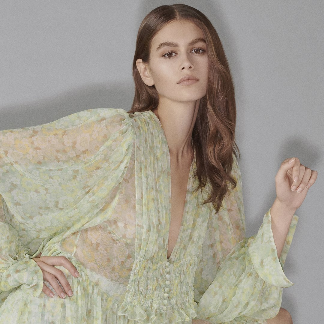 @KaiaGerber in the new #StellaSummer19 collection is now available for pre-order on https://t.co/QHnQORl92y 💚 https://t.co/aAeCOZyrHH