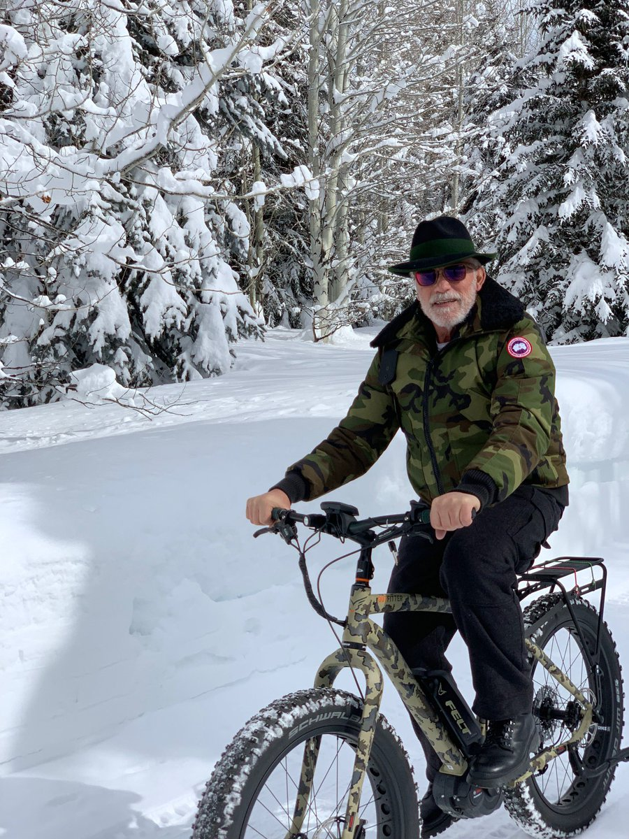 Nothing like a bike ride after skiing all morning. https://t.co/49KDIrU3xx