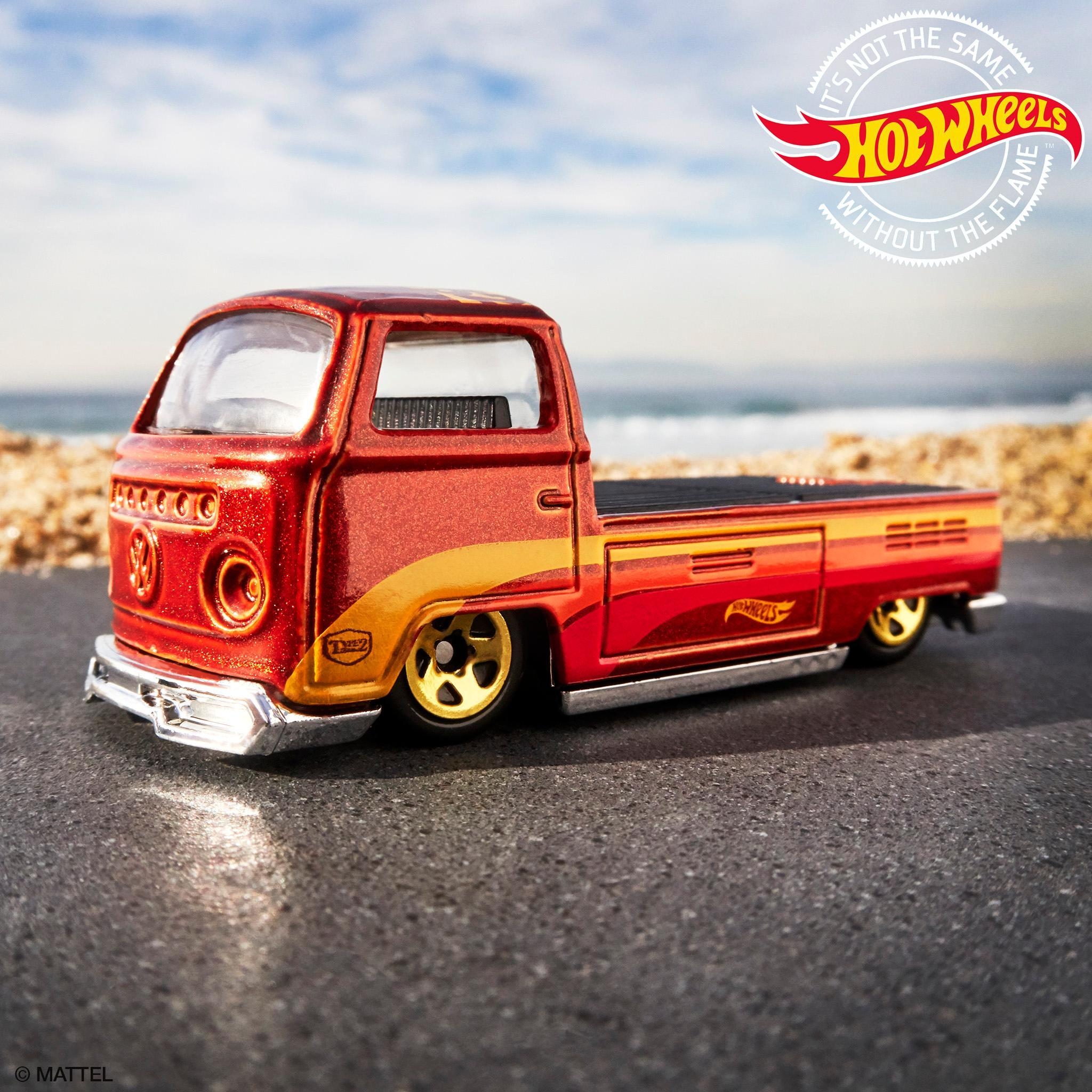 You need a couple of views of the fifteen52 and @Type2Detectives Volkswagen T2 Pickup. 👌 #HotWheels #Fifteen52 #Volkswagen https://t.co/jg07ZQQjHV