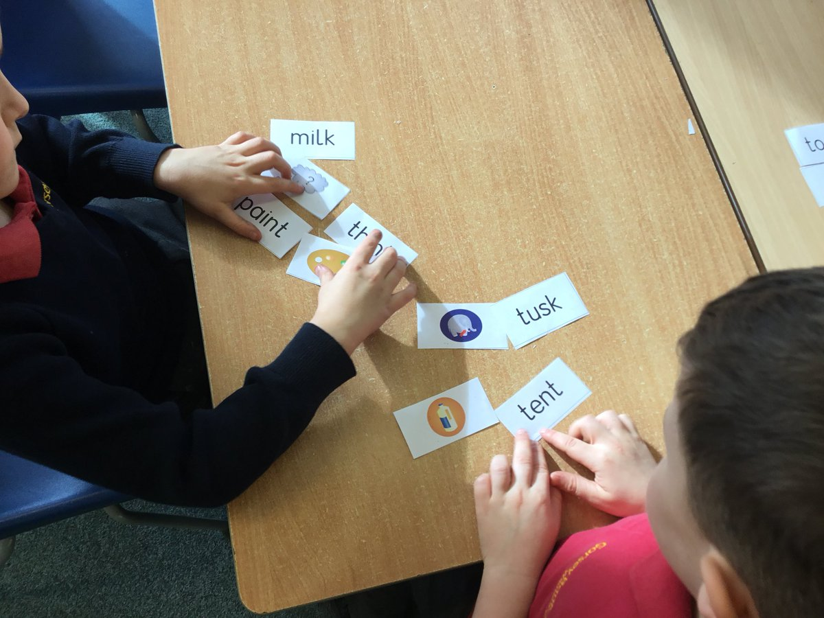 test Twitter Media - It is so important when reading to use 'sound talking' to blend sounds helping us to decode tricky words. We also need to apply sounds we know and keep working on identifying the taught graphemes in everyday words...#gorseyenglish #gorseyphonics @GorseyY1 https://t.co/7nnGlftm5u