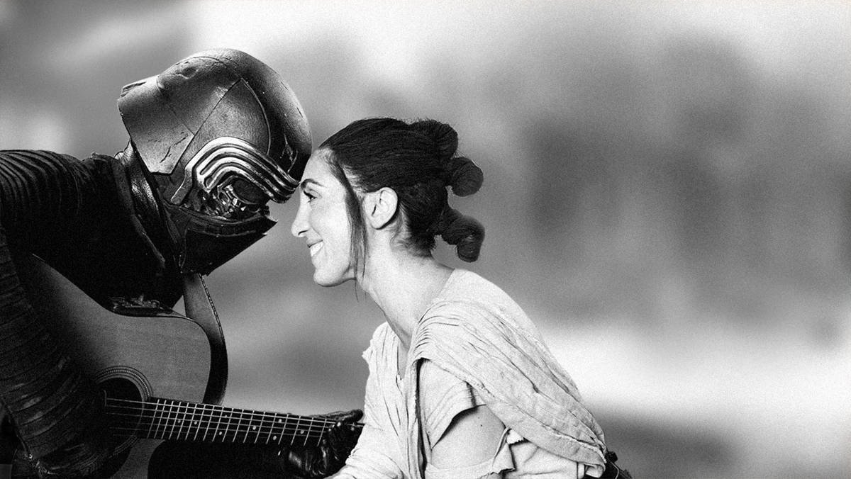"""test Twitter Media - #StarWars meets #AStarIsBorn with our Kylo Ren and Rey """"Shallow"""" parody. Listen and learn the lyrics: https://t.co/XPnru6Y29s https://t.co/USTFPRndzK"""