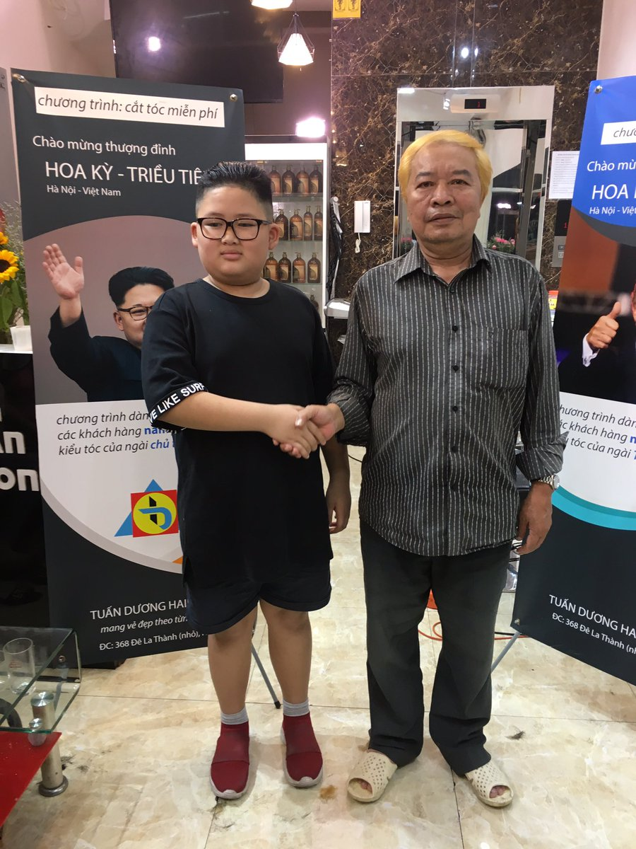 test Twitter Media - A hair salon in #Hanoi is offering free #KimJongUn and @realDonaldTrump 's haircut ahead of their summit in #vietnam #HanoiSummit . Here are some of his customers and link to our story https://t.co/kB8NkxzzPW https://t.co/zJJKIi9qZd