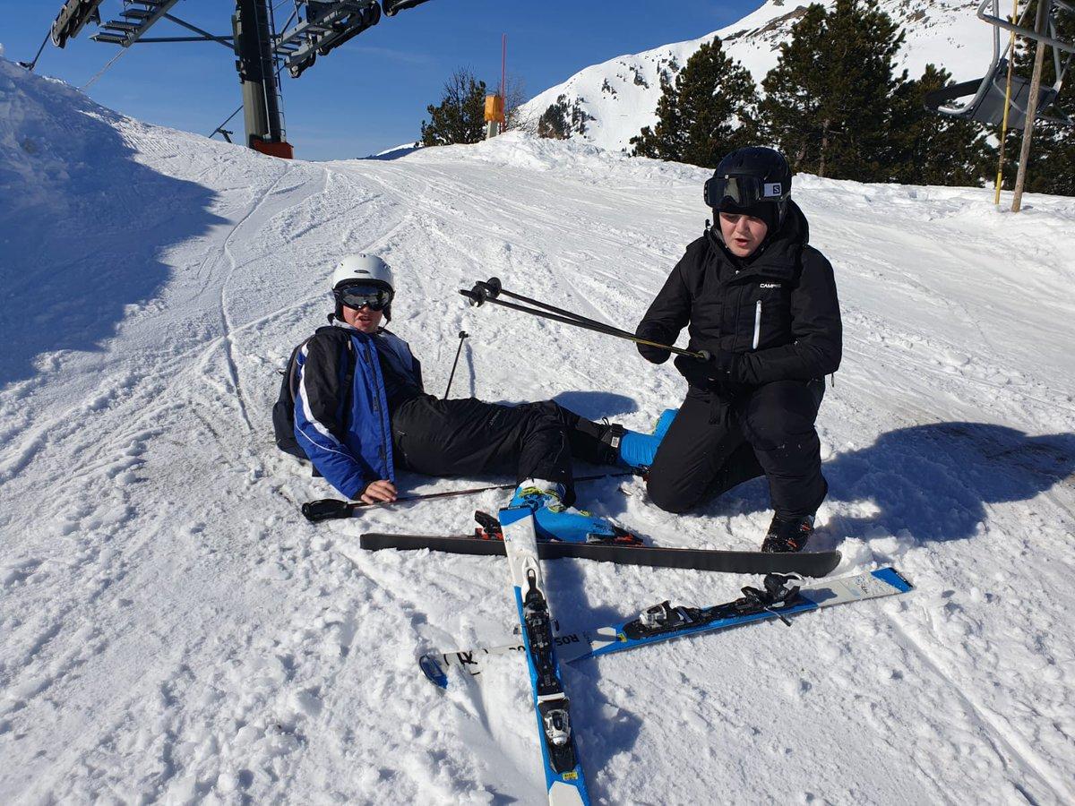 test Twitter Media - Day 3 on the slopes 🏔️⛷️😎 https://t.co/sPYewxJcpg