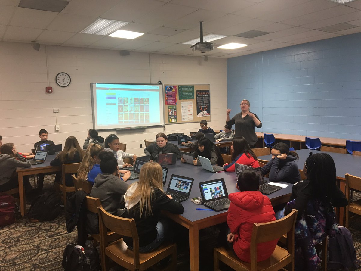 test Twitter Media - Librarian Maria Bray showing Ss how to access the district's #ebooks using their @MackinVIA accounts via #chromebook @ShaferMiddle @BensalemSchools https://t.co/6lLPMPSXpO