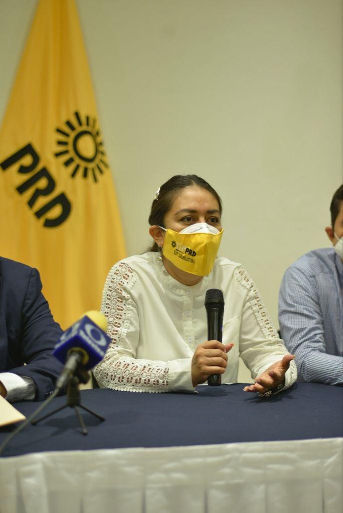 test Twitter Media - Pide #PRD proceso sin revanchismos, con transparencia y respeto a #DerechosHumanos en caso de @DipAzucenaR https://t.co/FQ3ZDsBAm4
