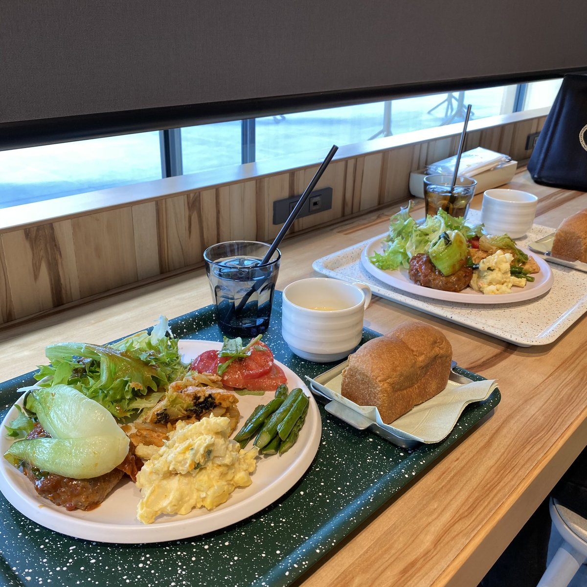 test ツイッターメディア - #せっかくフォトグルメ . 静岡県浜松市にあるスイーツバンク 有名なうなぎパイをつくってる春華堂さんのカフェ! 自分で選べるランチプレートが美味しすぎる! うなぎパイはもちろん、スイーツも売ってます!! https://t.co/zhaEgsszFb
