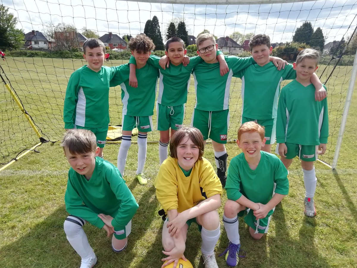 test Twitter Media - Results didn't reflect the effort of the Y5 Boys. They were the only team not to lose to winners, but 1-0 close defeats meant they finished 4th. Great attitude towards each other. Well done boys. It will get easier. https://t.co/fMhteNewzC