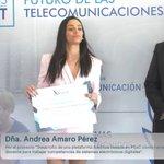 ¡Enhorabuena también a los 2º y 3º premiados!  Andrea Amaro, de @ETSEUV .  Carlos Orts, de @UniversidadMH https://t.co/647jqxMj4m