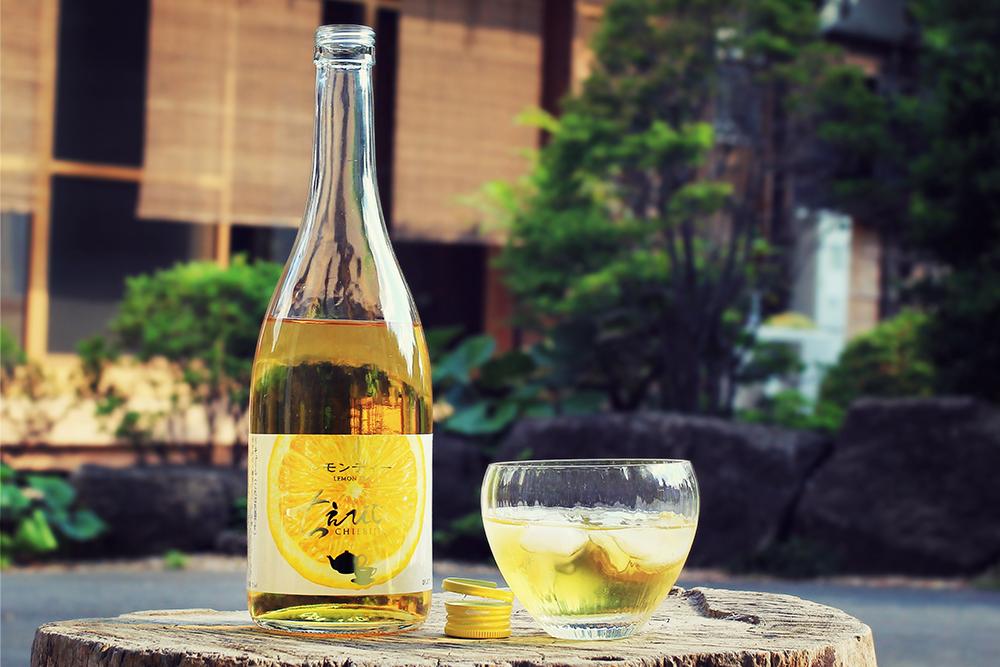 test ツイッターメディア - ちえびじん レモンティーリキュールが今年も入荷いたしました。  レモンティーのスッキリとした甘味、爽やかな香りがあり、後からレモンの持つ酸味や心地よい苦味がアクセントとなって現れます  オンラインショップ 720ml https://t.co/Op1mZ9m3bw 1.8L https://t.co/TTxLCJx5Lz https://t.co/NcMPQzB6nA