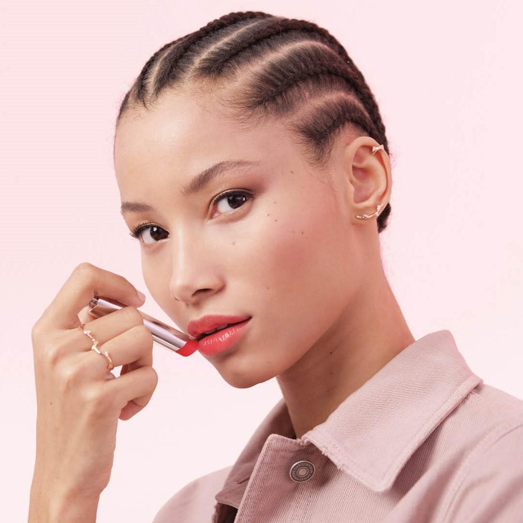Diorの5月4日のツイッター画像