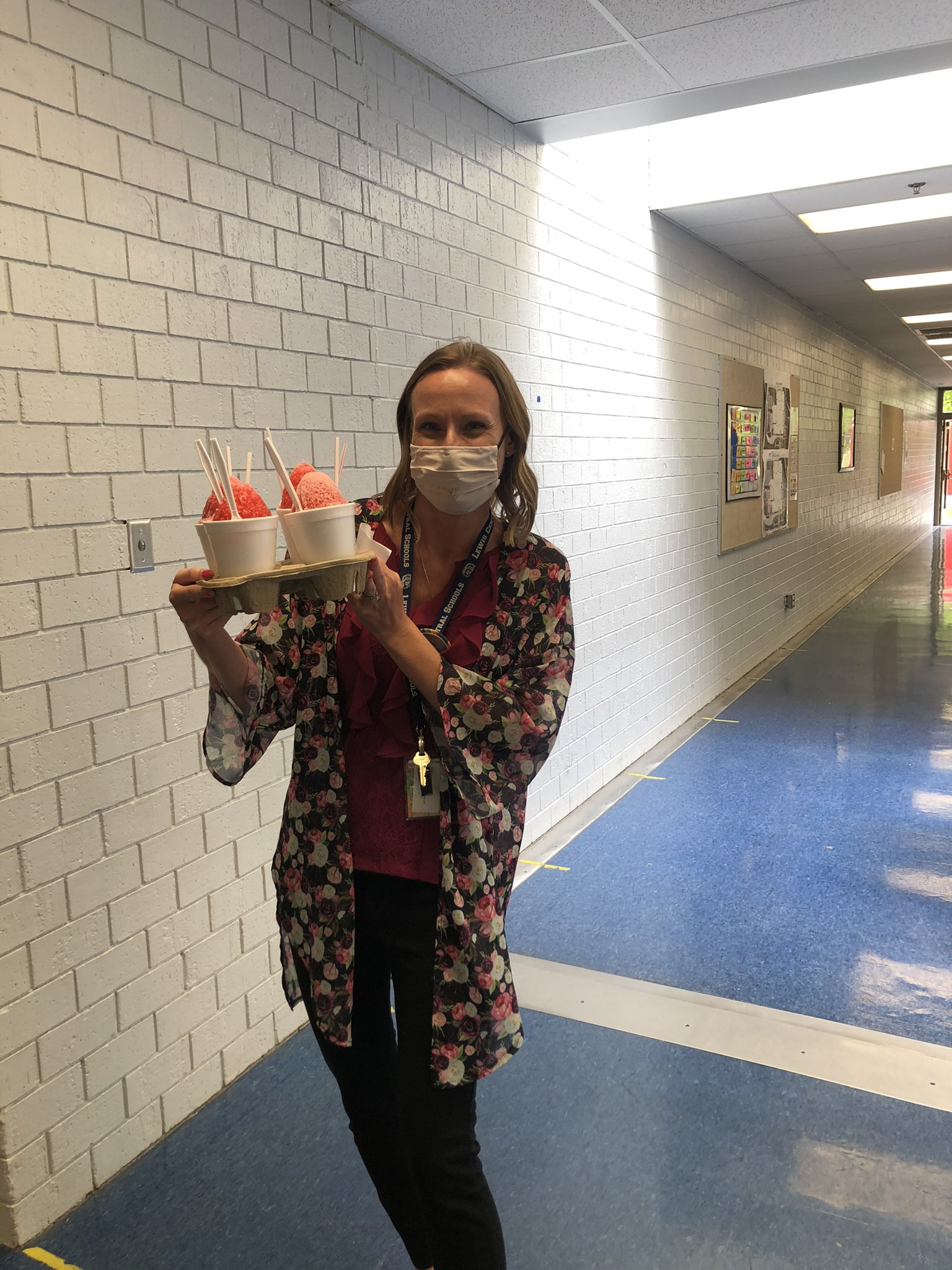 Thanks to New Orlean's Sneaux for making tummy shaved ice for our teachers today!    It was so fun to see the smiles when we delivered to classrooms!  Teachers, thank you for all you do! https://t.co/qCdr45vZh1