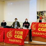 🔴⚙️ #ArcelorMittal  @RedavidF conclude il direttivo della FIOM ILVA Taranto riunito nel Consiglio di Fabbrica‼️📣 https://t.co/N24q7DSMMe
