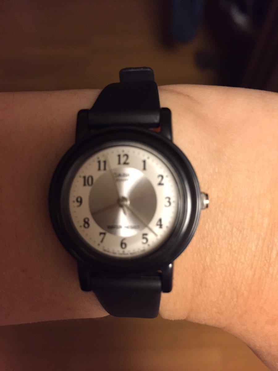 test ツイッターメディア - チープカシオって言われてる腕時計買ってみました  やっぱり腕時計してないと不便  今度はパパ様と同じメンズを買って見よう  とにかく軽い! 良い感じだわ! https://t.co/CozWn4MQNd