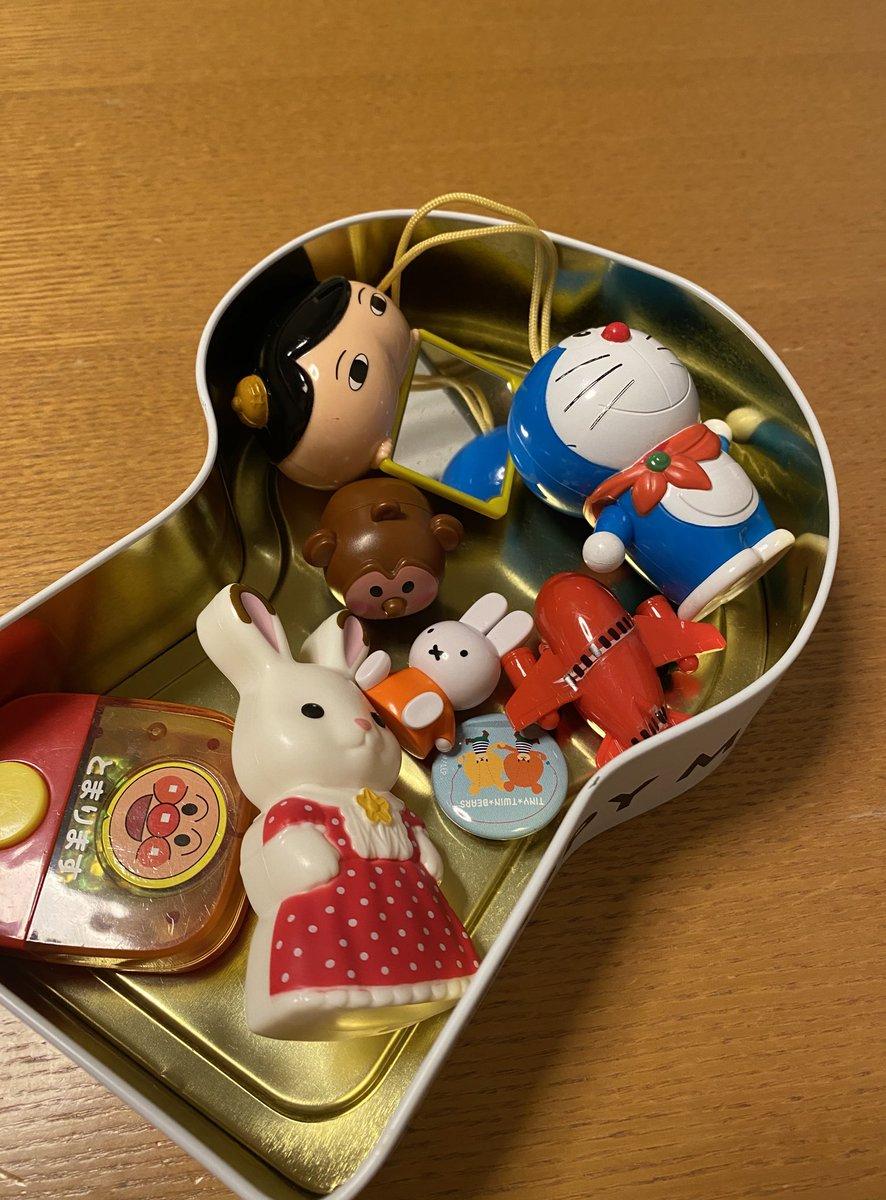 test ツイッターメディア - スヌーピーミュージアム展で買ったクッキーの箱に娘の宝物がぎっしり詰まっている https://t.co/PEHXCA4Fwi