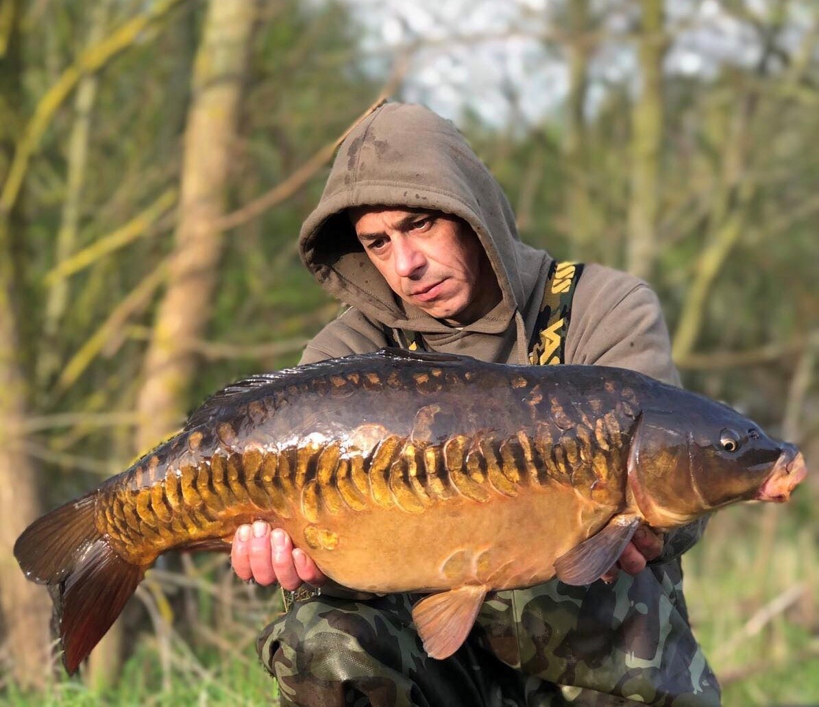A cracking mirror from a local club water for Kirk 👊 #fishing #carpfishing https://t.co/gTkkFnjmi