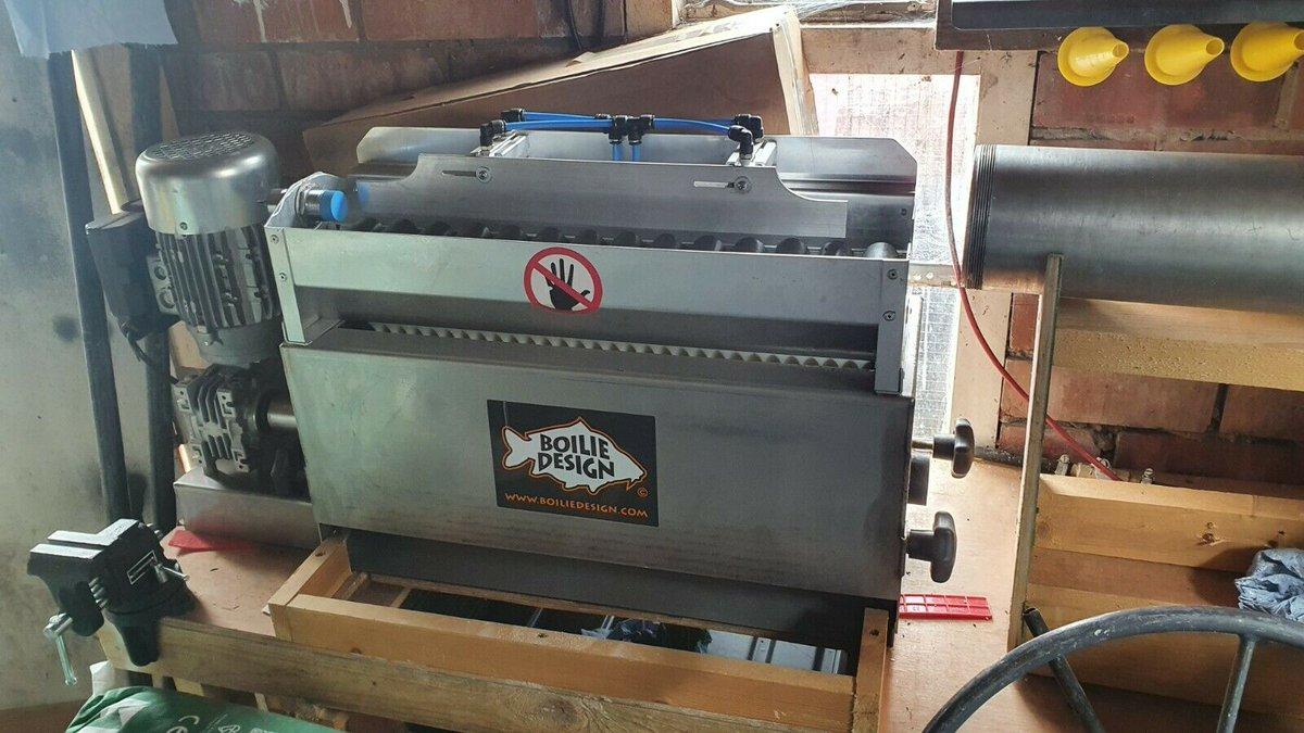 Ad - Boilie machine and all accessories On eBay here -->> https://t.co/s0QgDXAdca  #carpfishin