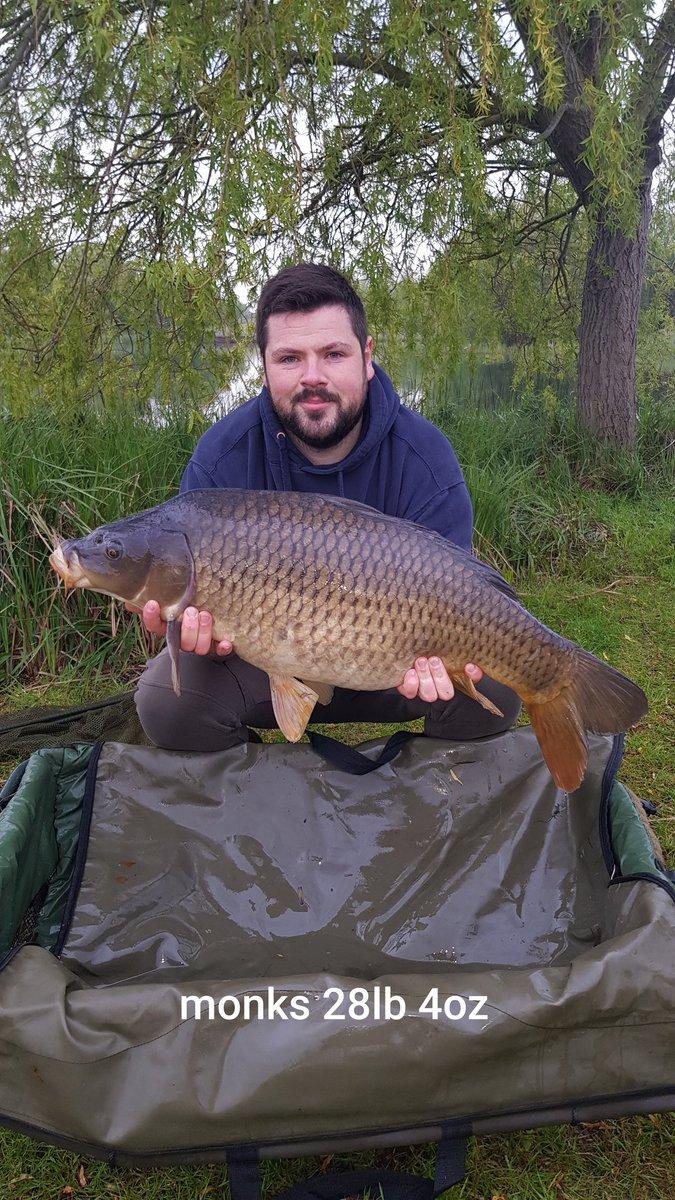 2nd fish of the day.. 28lb 4oz...   #carpfishing #carp #fishing <b>Https</b>://t.co/PizbupHEb2