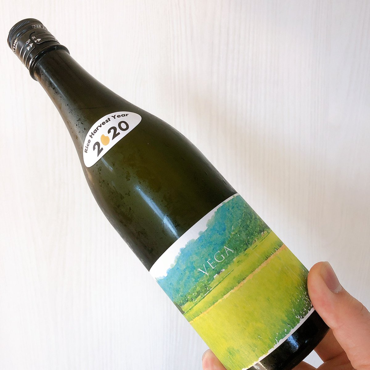 test ツイッターメディア - あべ VEGA 生 新潟 阿部酒造  ぶどう感もあり、ぶどうの皮の渋みみたいなのもあり、もうこれは 白ワインです!w https://t.co/eRIZmaI8SP