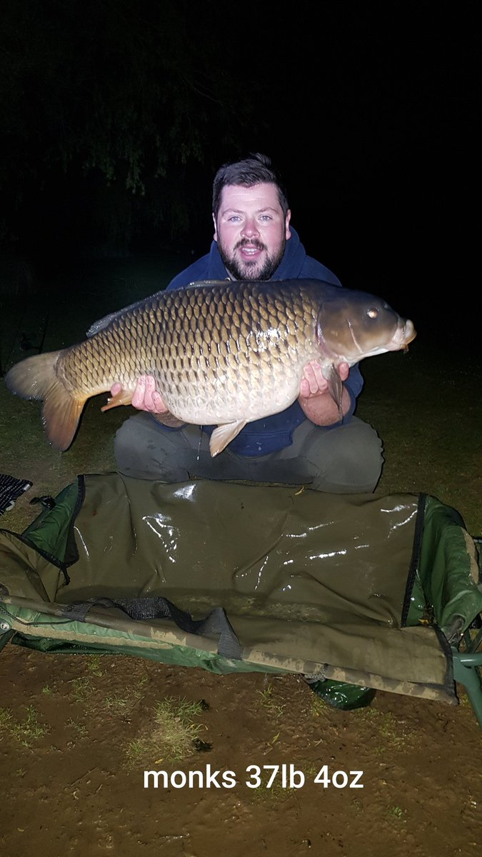 1st fish of the session and its a PB 37lb 4oz common... what a beauty.  #carp #fishing #carpfishing