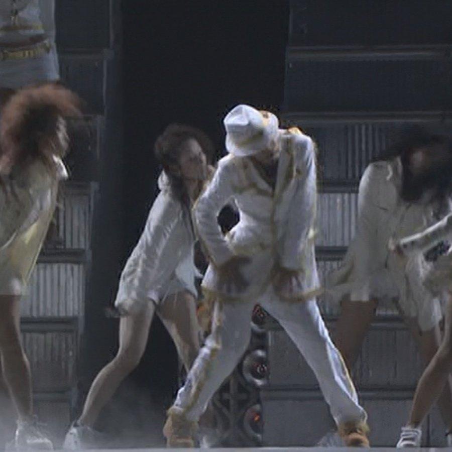 test ツイッターメディア - ダンスシューズといえば、女の子とLOVE SONGを踊った時に履いてたブーツ。これティンバーランドだよね?ティンバで踊るなんてズルいカッコいい。中居正広ホントあざとい https://t.co/mxY5JCUv1j
