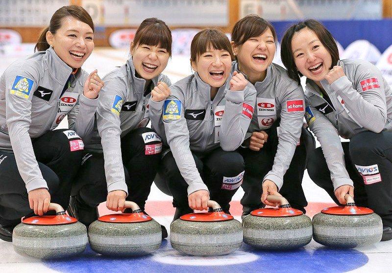 test ツイッターメディア - 🌈 ステキな笑顔リレー      ロコ・ソラーレ    (平昌オリンピックカーリング女子代表) https://t.co/yKLtmuSwDa