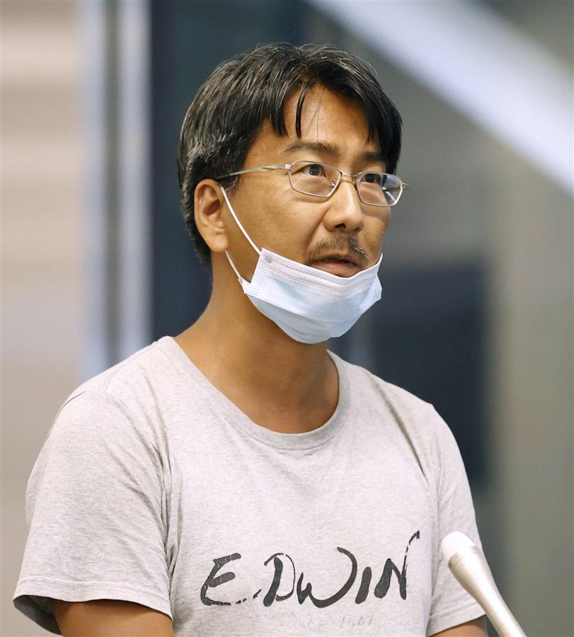test ツイッターメディア - 国軍がクーデターで全権を掌握したミャンマーで「虚偽ニュース」を広めた罪で起訴、収監され26日ぶりに解放されたフリージャーナリスト北角裕樹さん(45)が14日、最大都市ヤンゴンの国際空港で全日空機に搭乗し同日夜、帰国した。成田空港で… https://t.co/BjYeGdunf4 https://t.co/2H1KyCjwzX