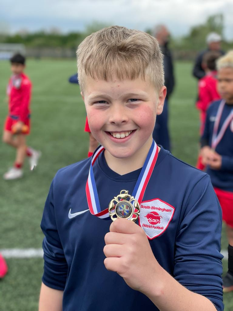 test Twitter Media - Congratulations to @SBPSFA from Hollywood School for your success (despite being short of players and coaches due to co-vid isolation) in the Daniel Sturridge cup at the weekend. This young man from Hollywood is very proud. (Thanks mum for the pics) https://t.co/OR8UBwM8Lw