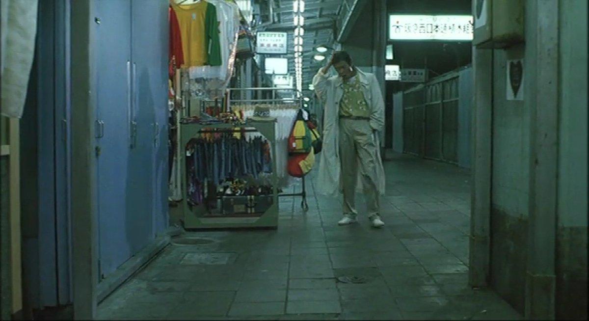 test ツイッターメディア - 『ピアザkobe』 神戸市中央区北長狭通2-30-52  ※主人公・私(柴田恭兵)が佐久間(片桐竜次)と矢崎(伊藤洋三郎)に尾行されなぜか襲われるが撃退する  『べっぴんの町』 1989年10月14日公開   #べっぴんの町ロケ地 https://t.co/kwoFxzPLx1
