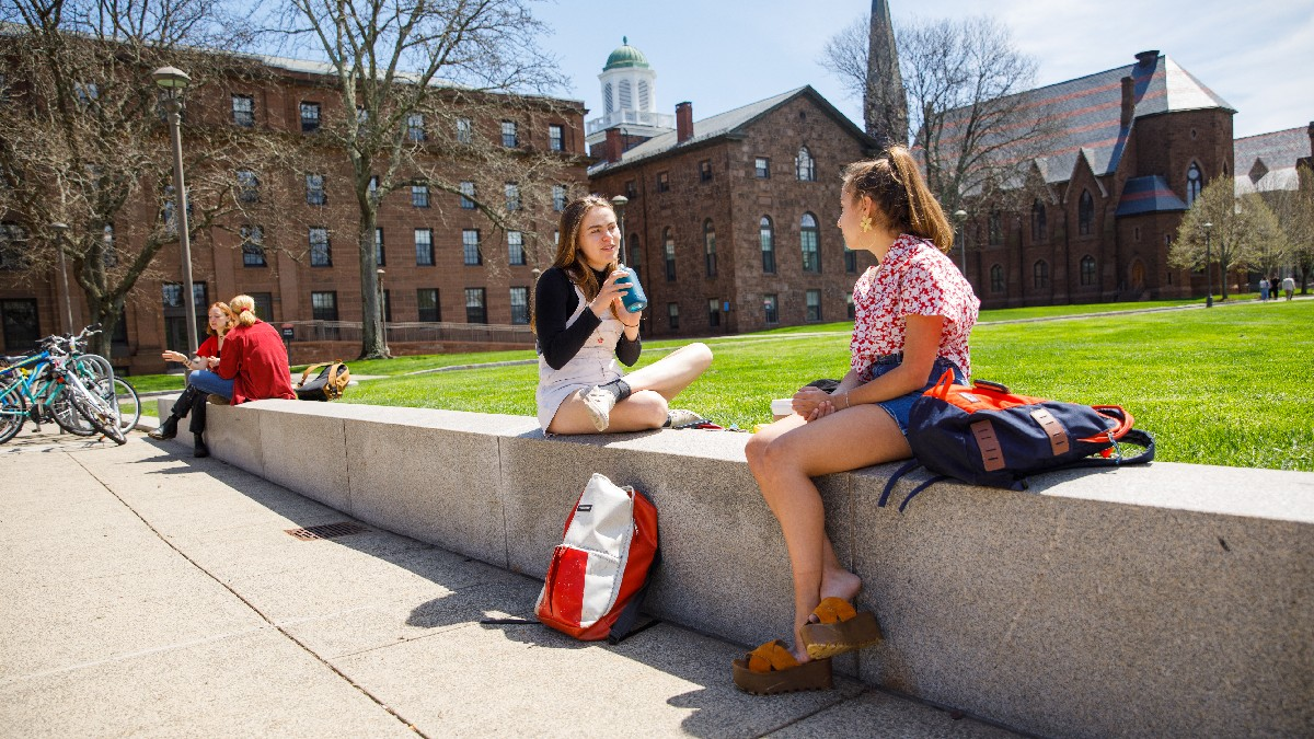 test Twitter Media - With summer right around the corner, temperatures are on the rise - especially today. Stay hydrated, Cardinals! https://t.co/vSRPc8jM6T