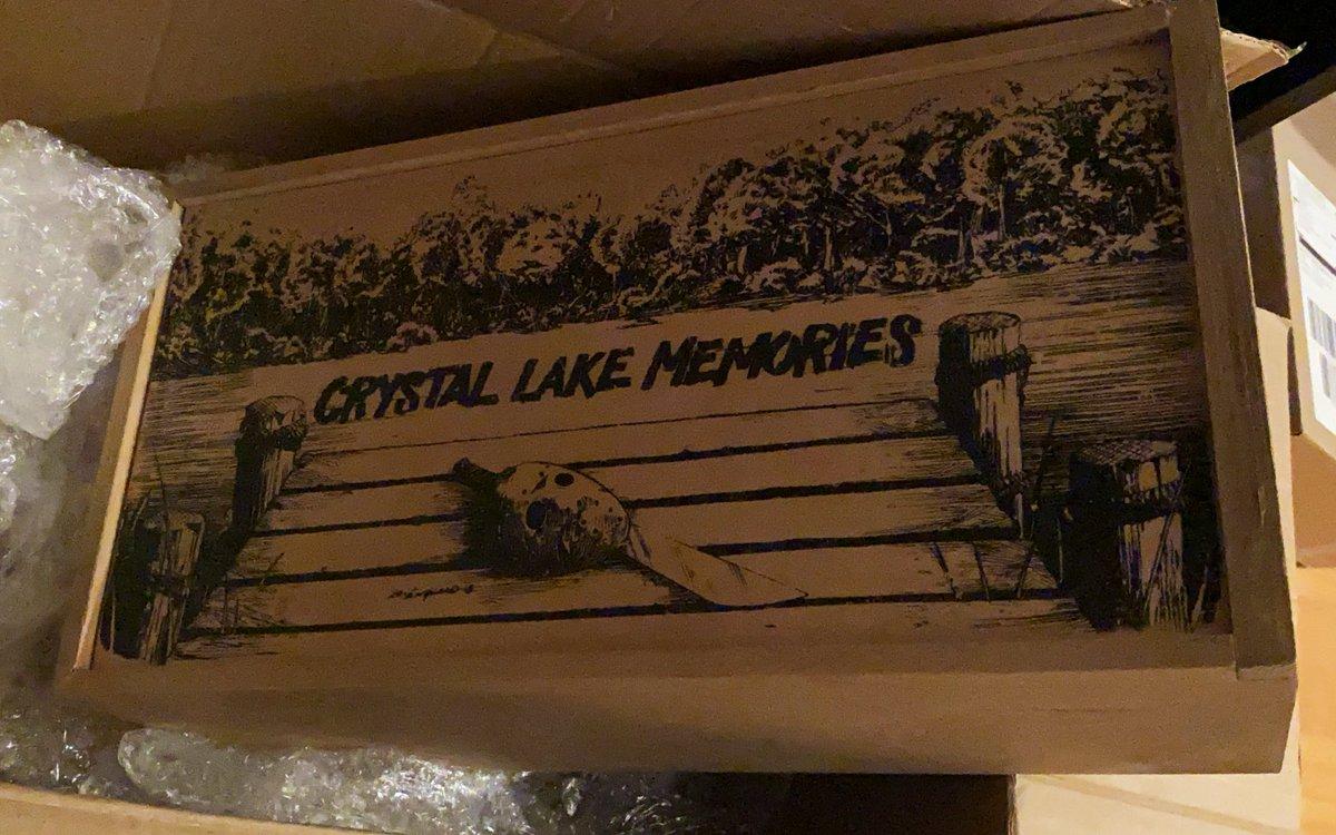 test Twitter Media - Geburtstagsgeschenk für den Mann gefunden. War nicht gerade günstig, aber was soll's 🤷♀️ beinhaltet ein Mediabook mit Crystal Lake Memories und ganz viel Platz für die anderen Filmteile. Bin gespannt wie es ihm gefällt ^^ https://t.co/eTMhBI4DSv