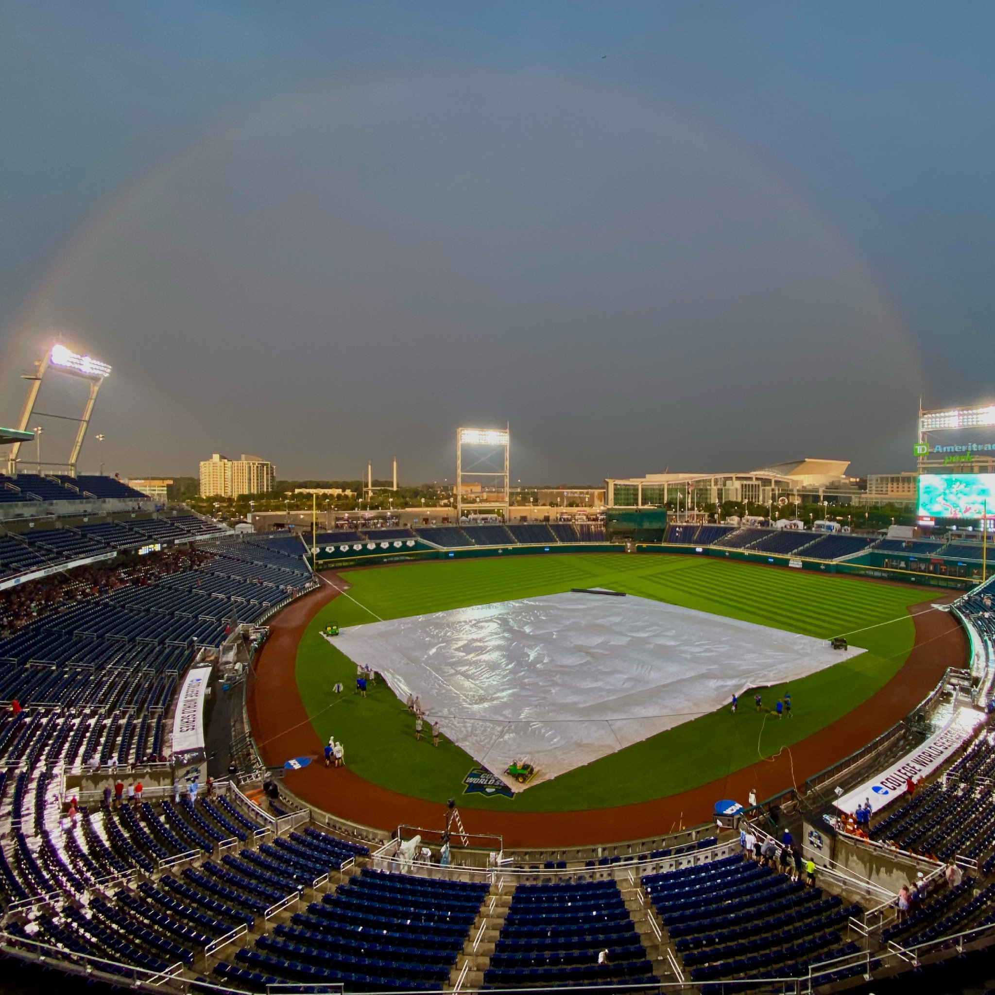 From 🌧 to 🌈 #CWS https://t.co/OoSpAh6gva