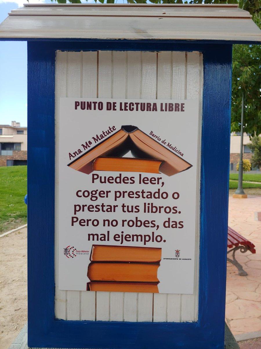 test Twitter Media - RT @JuliandeCapa: Ha aparecido esta casita en el parque. Y mola https://t.co/Pu2uXLa0gT