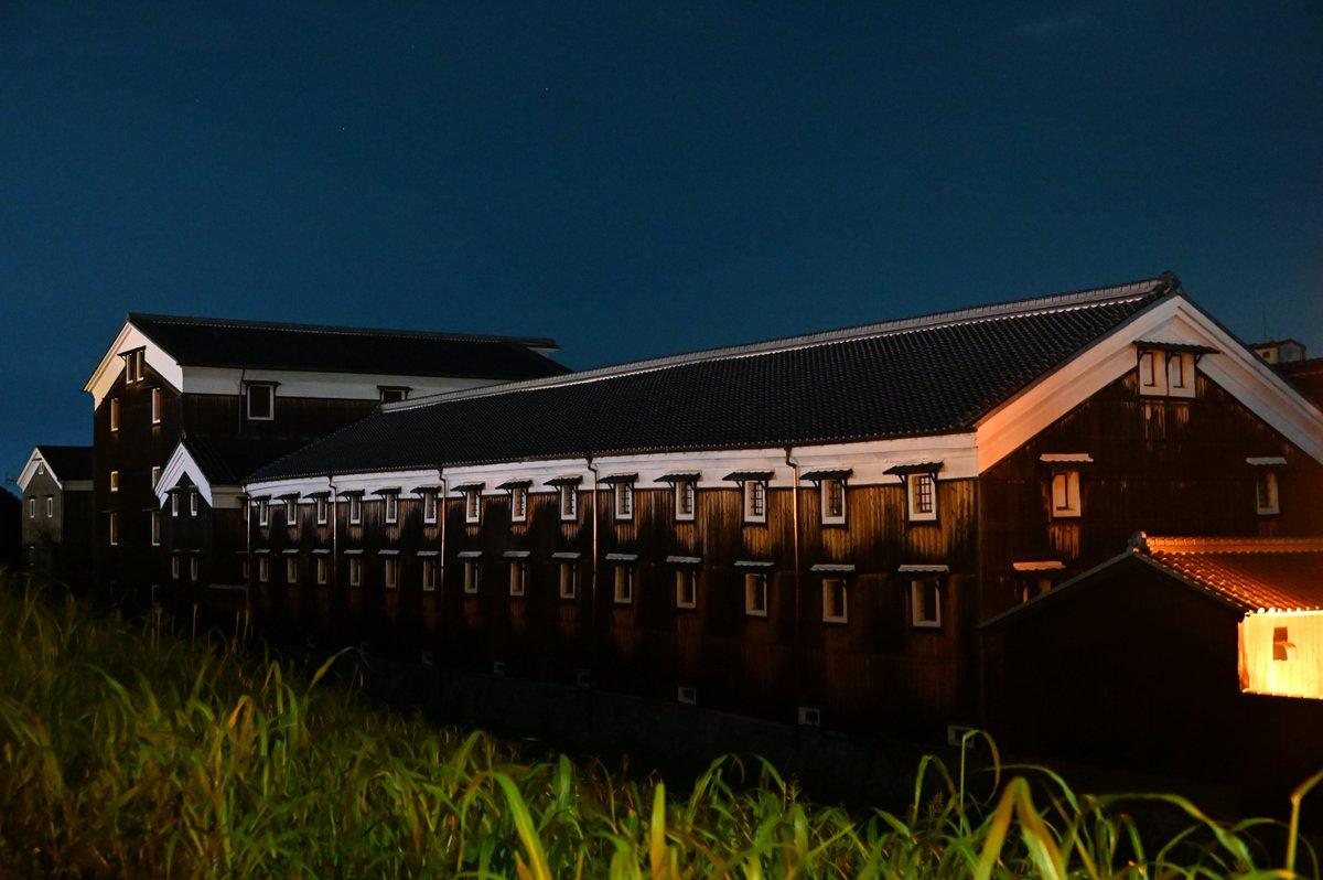 test ツイッターメディア - 夜の松本酒造 ISO51200+高倍率ズームなのに輪郭も陰影も結構奇麗に出るのお… https://t.co/5G9XUTgWK5