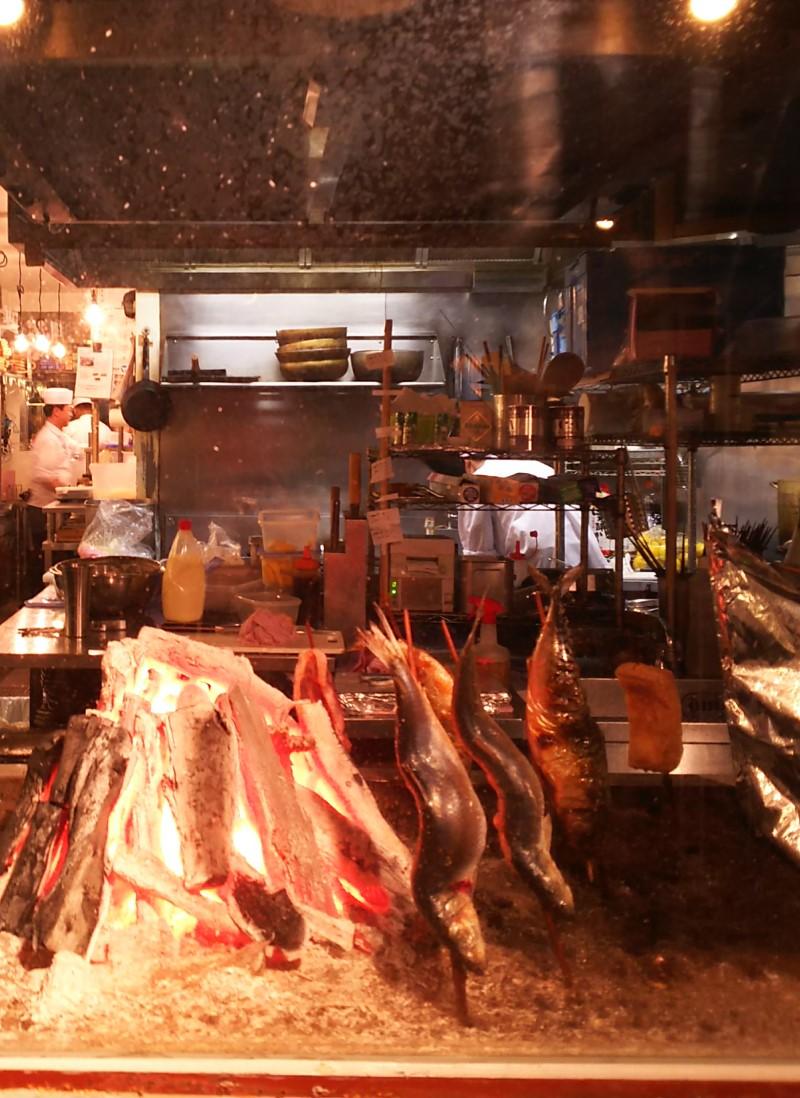 test ツイッターメディア - 月イチ東京に行く生活2018その14。 この日の晩ご飯は日本橋へ移動してコレド室町の墨之栄。 厚揚げも炭火で原始焼き。他にもサバ燻製入りポテサラとかクリームチーズの醤油漬けとか、日本酒に合うものいろいろ頼んで満足。 コレド室町好きだったなー。 https://t.co/fOcBQqbcja