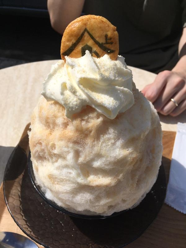test ツイッターメディア - かき氷(草加せんべいクリーム味)食べてきた~🍧 せんべいが中にも入ってて笑ったんだけど、意外に美味しかった😋 https://t.co/h1VrgffJy2