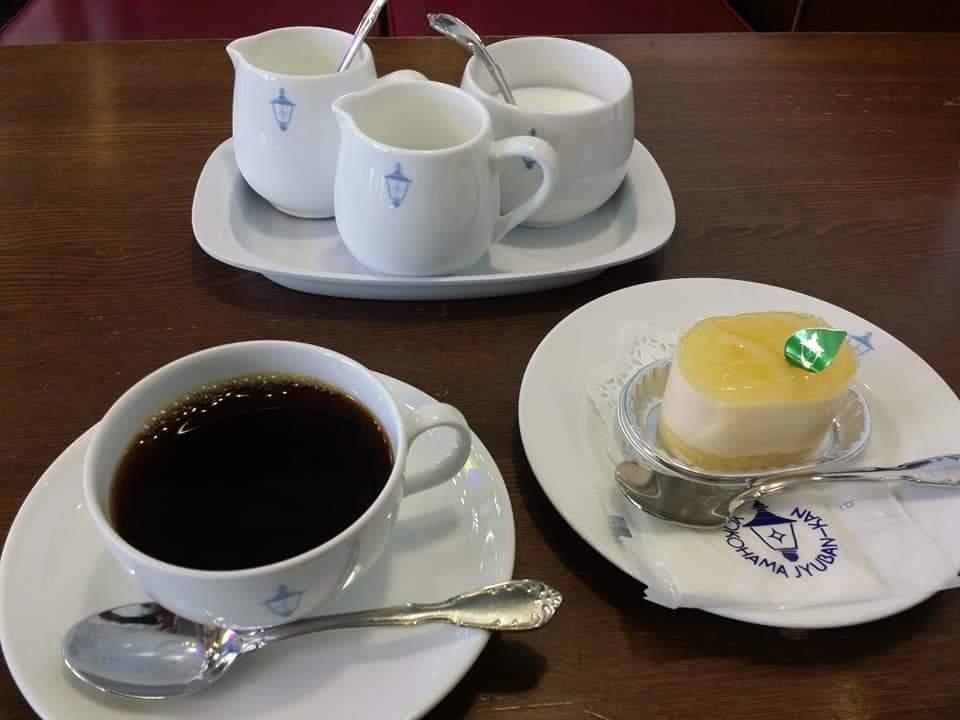 test ツイッターメディア - @hikky4347728 おっ❗正統派の coffee time☕🍰 タマに行きます 馬車道十番館☺️ https://t.co/8ppdoP9dOK