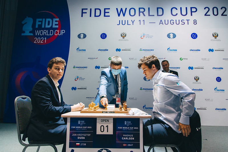 test Twitter Media - Ян-Кшиштоф Дуда обыграл Магнуса Карлсена и вышел в финал Кубка мира ФИДЕ. Тань Чжунъи стала бронзовым призером Кубка мира среди женщин https://t.co/AhPQCg2LS2   Фото: Анастасия Королькова @FIDE_chess #FIDEWorldCup https://t.co/uqpLL0fTRu