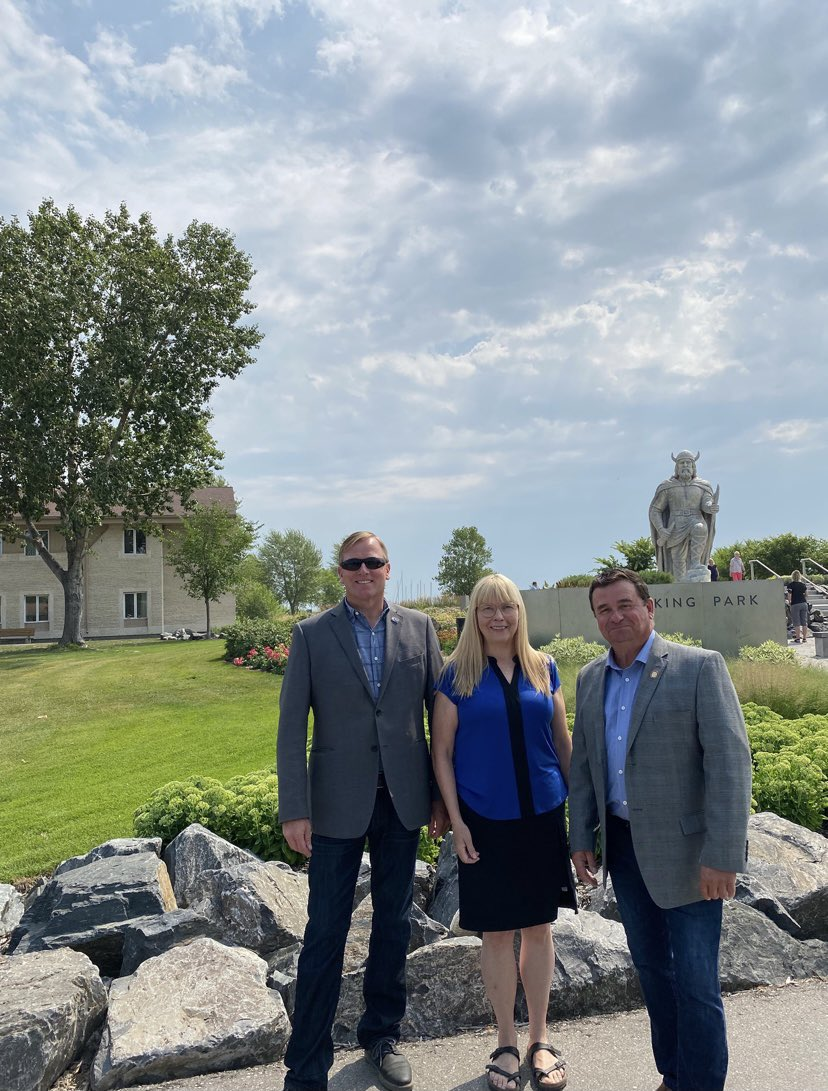 test Twitter Media - @Min_DJohnson and I had the opportunity to attend Viking Park on Friday to celebrate #Islendingadagurinn. The @MBGov is excited to support the @Icelandicfest Viking Park Connectivity Project #mbpoli https://t.co/HooV2pwx5H