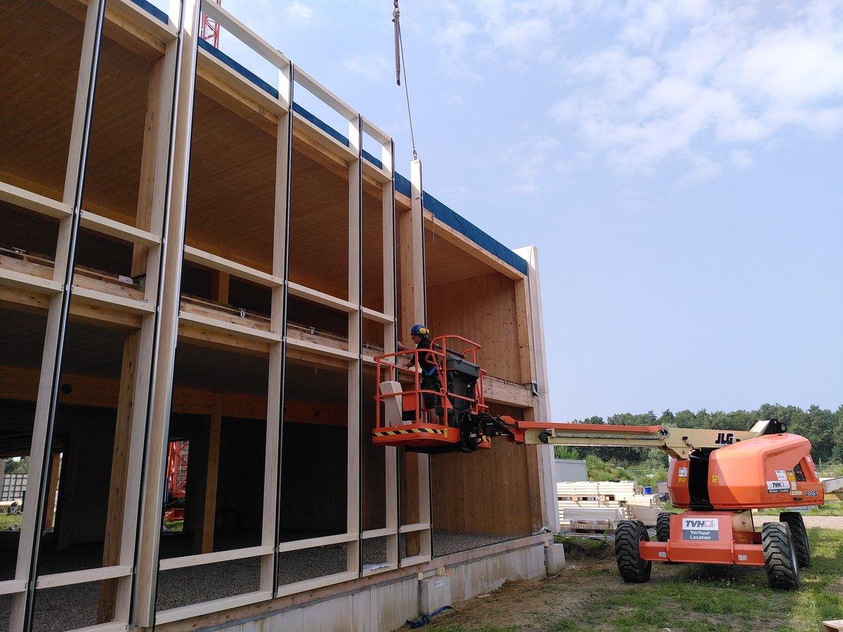 test Twitter Media - Na 3 weken #bouwverlof zijn we terug gestart met de #bouw van 't Centrum. Inmiddels zijn we begonnen aan de gordijngevels. #tcentrumkampc @prov_antwerpen https://t.co/C3zCmZpoCF