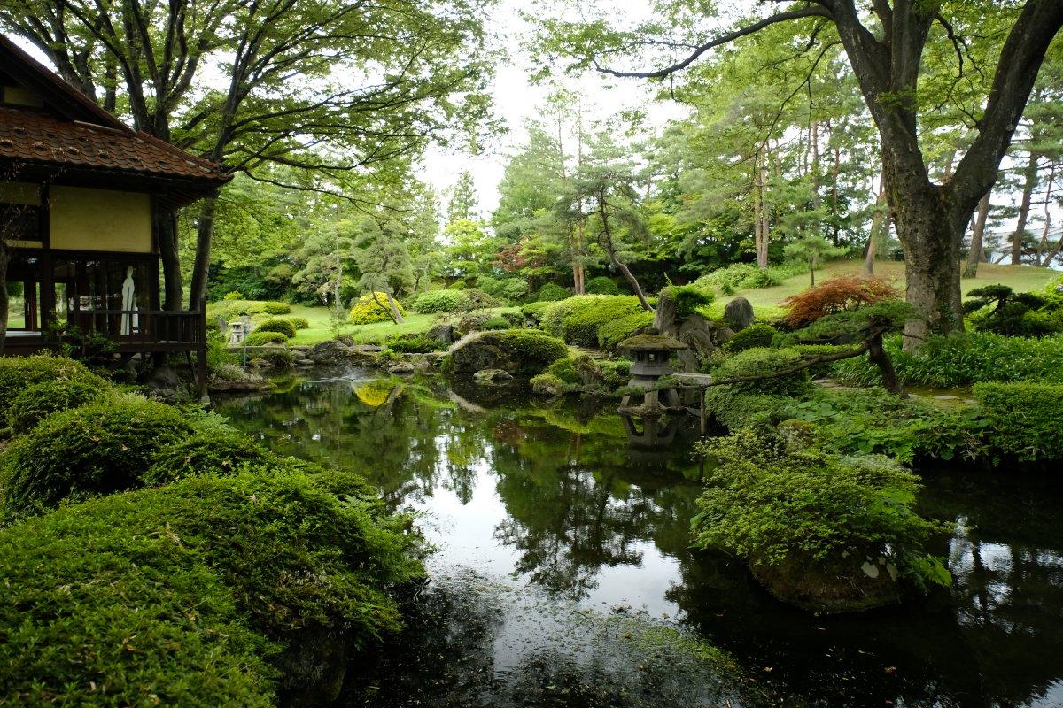 test ツイッターメディア - @kuronoratsusin ほまれ酒造さんの直売所「雲嶺庵」の様子ですニャ 庭園の見学は無料ですニャ https://t.co/VhacIafFqW