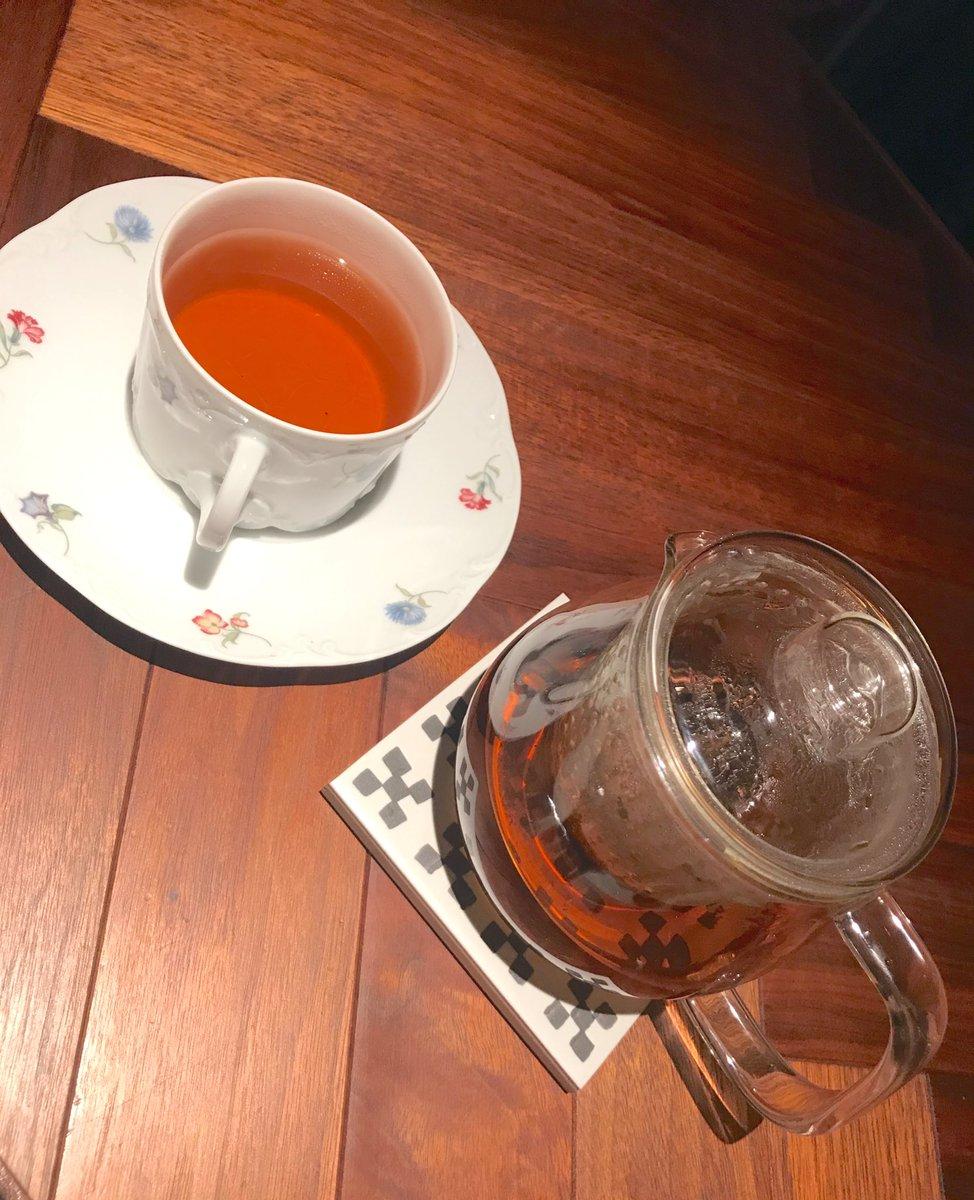 test ツイッターメディア - おはようございます☀  北新地 「フィナンシェ」  「デザートコース」をいただきました🍀  落ち着いた照明の店内  カウンター席に座ってティータイム  調和のとれた色味とデザインのスイーツ。紅茶がより一層、味を引き立ててくれます☺️  また行きたいお店🍴  皆さま、素敵な週末を🌹✨  #HapiTea https://t.co/QVvBI1hGfS