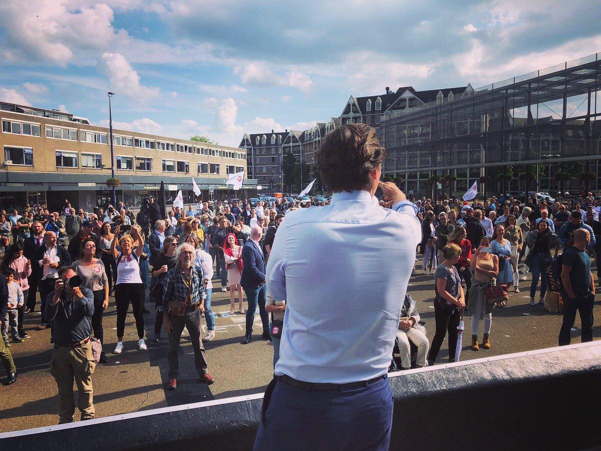 test Twitter Media - ☀️Honderden mensen in #Tilburg - honderden #FVD'ers die ons land terug willen. Onze vrijheid terug. Herstel van de welvaart, de soevereiniteit, de eigenheid van ons land. Een Nederland van dynamiek, daadkracht, durf. Bouw ook mee! https://t.co/mVCw5fPKY0 #vrijheidskaravaan https://t.co/R55KnpFd4Y