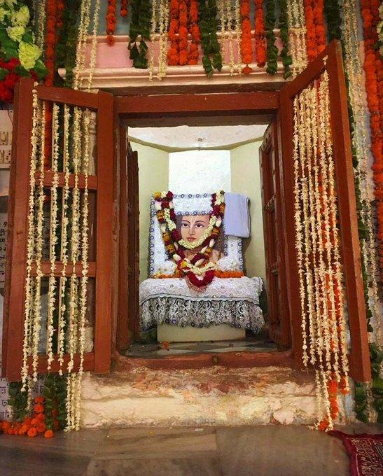 """Srila Lokanatha Dasa Gosvami's Disappearance Day.HH Giriraj Swami: """"O Lokanatha, O Gurudeva!...."""