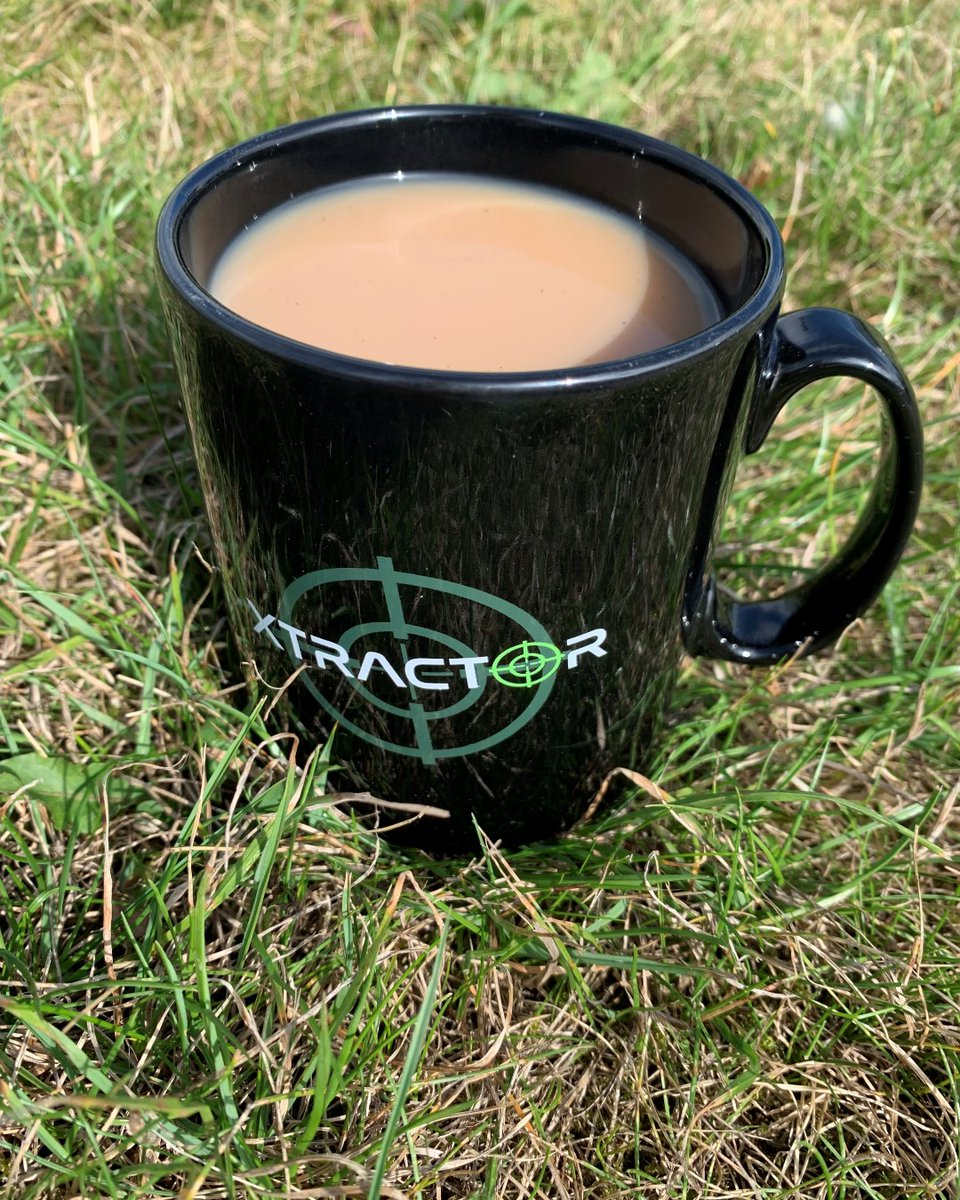 Morning carpers... how's your day going? #Sonik #Xtractor #Carpy #WeekendCarping #CarpFishing #Subso