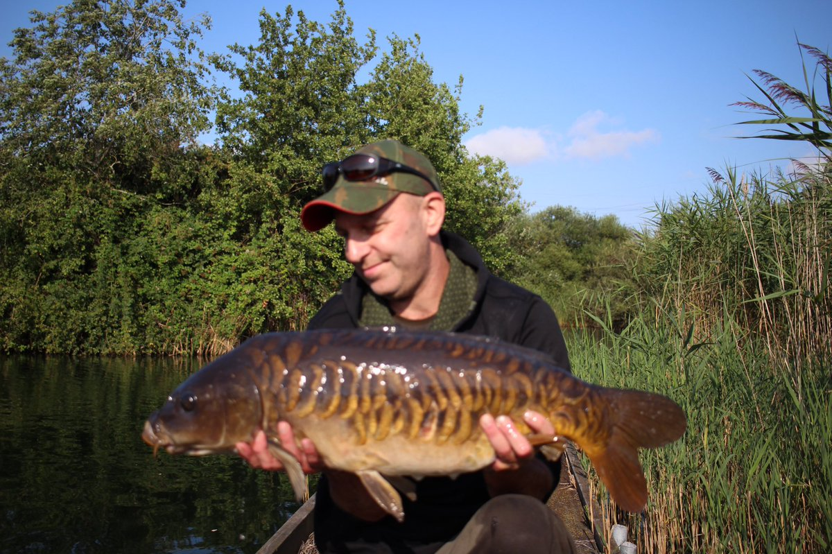 And finally fish number 4 nice woodcarving simply lovely #cap #carpfishing  #sticky<b>Bait</b>s #kri