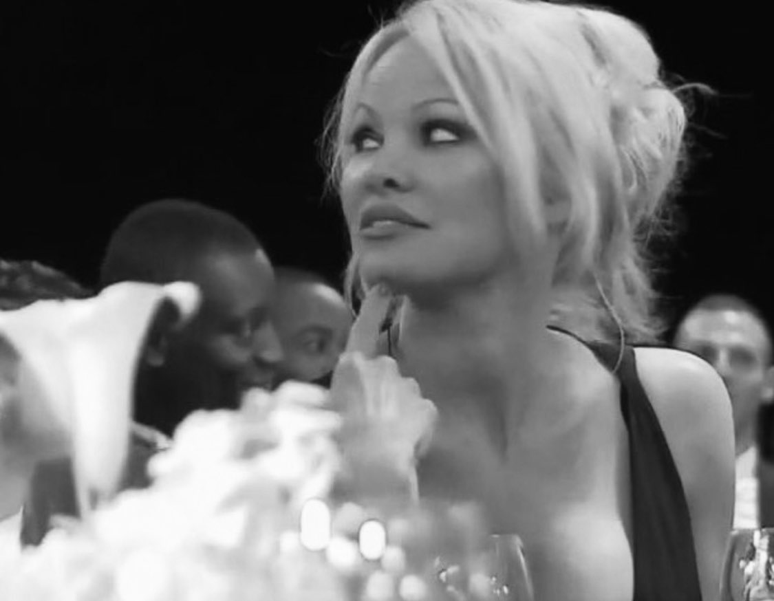 https://t.co/1u4AUDy3xr Pamela Anderson calls for end of deadly chuckwagon races #calgarystampede @peta https://t.co/ZywhIj05u3