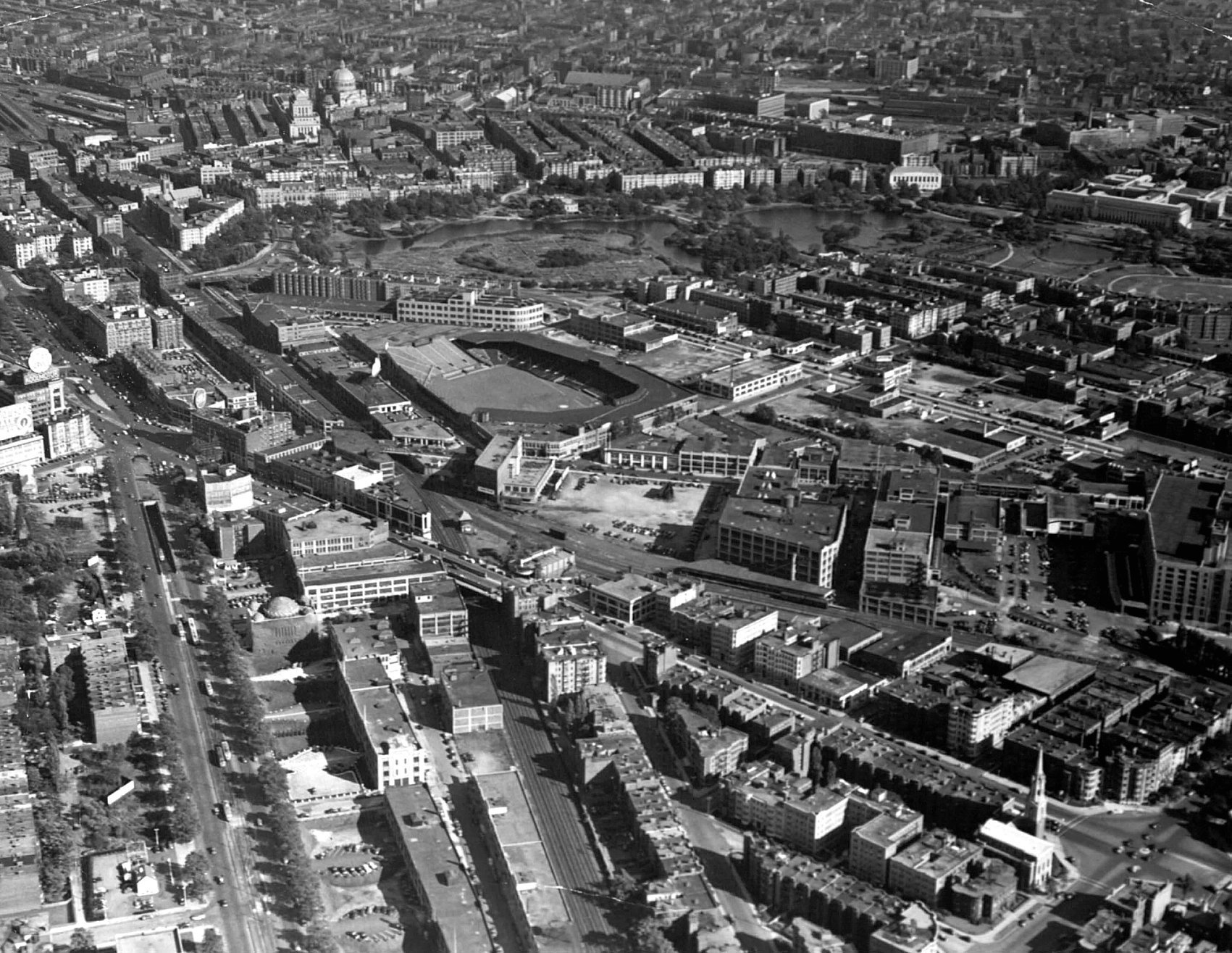 Fenway Park. Boston, 1945 - Aerial view of the Red Sox ballpark (33-years-old at this point) snuggled in the Fenway-Kenmore section of Boston. Take note of no light stanchions, that would come two years later in 1947 when Red Sox would finally play a night game at home https://t.co/iPodaAhKzB
