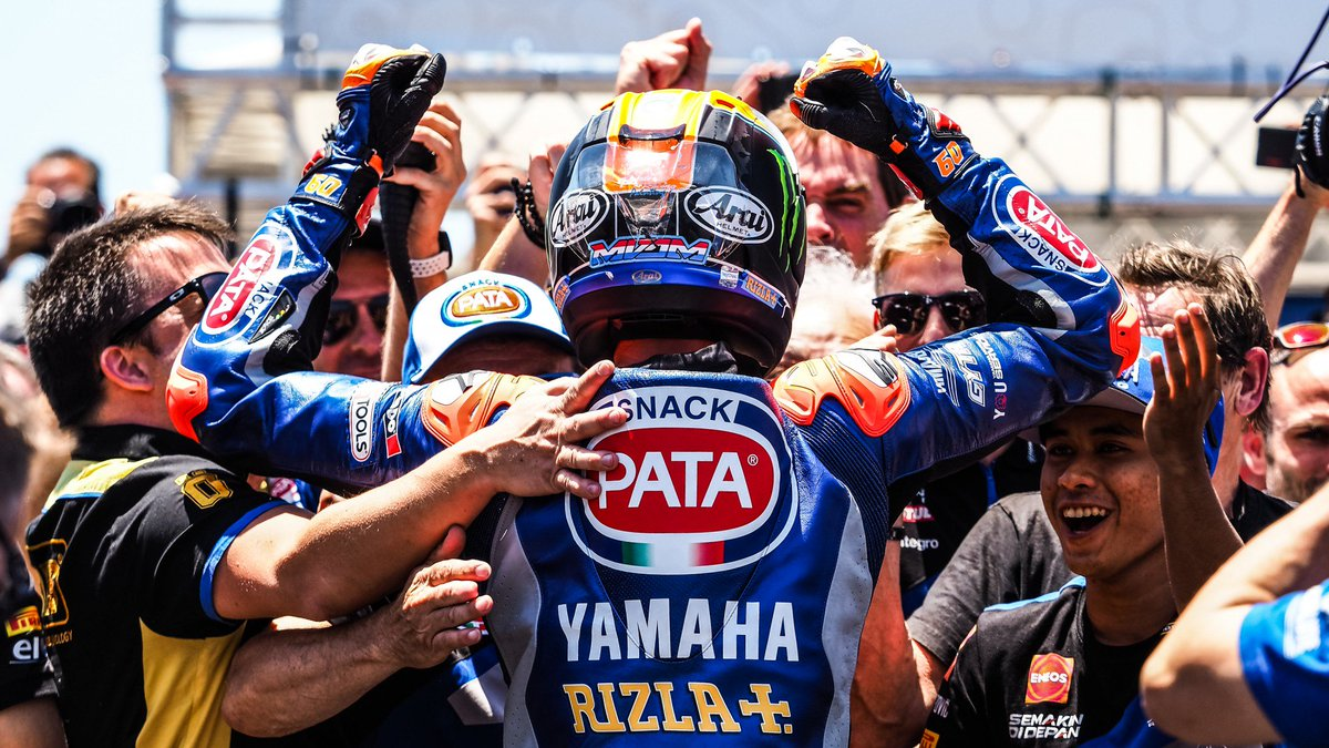 test Twitter Media - Take 🖐 – Championship changing moments from Jerez!  In what was one of the most dramatic weekends of the first half of 2019, Jerez opened the #WorldSBK title race as rivalries erupted in Spanish heat!  #ESPWorldSBK 🇪🇸  📃| #WorldSBK  https://t.co/hsW0iHoX5j https://t.co/DxwYiZr5Rr
